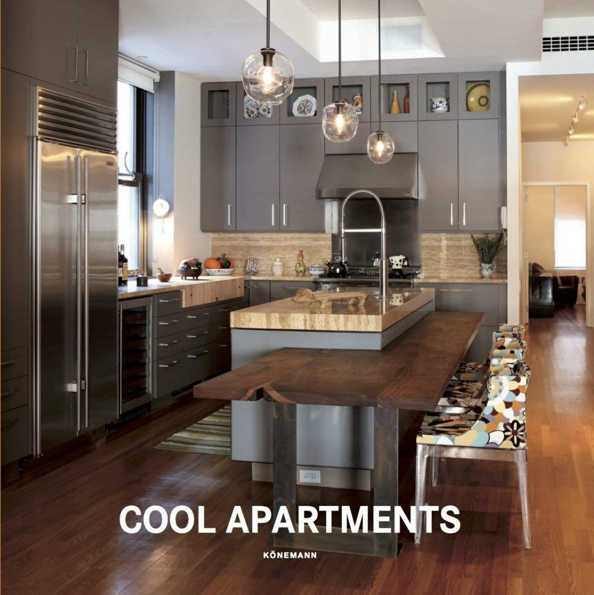 COOL APARTMENTS 9783741920424