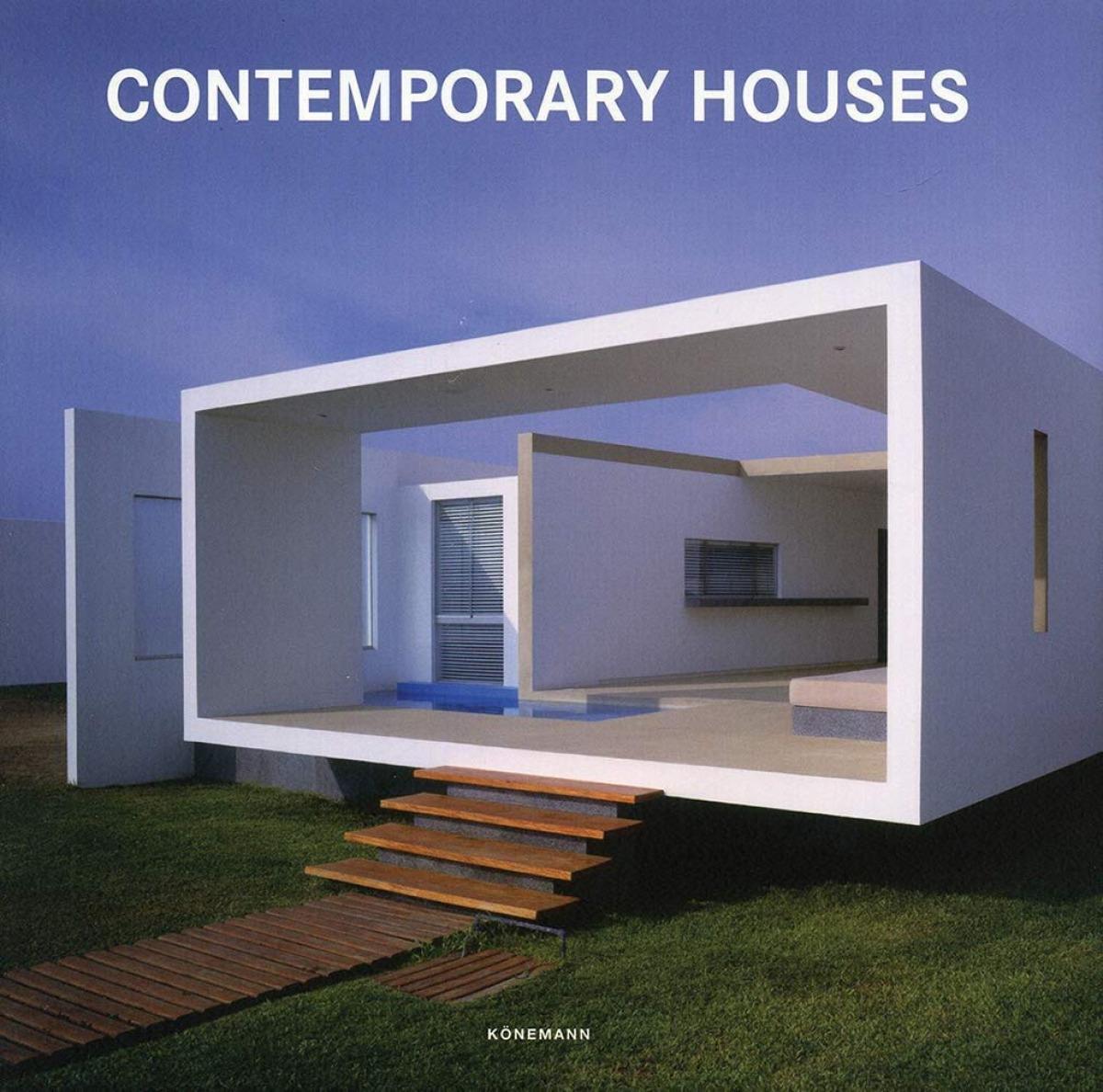 HOUSES 9783741920479