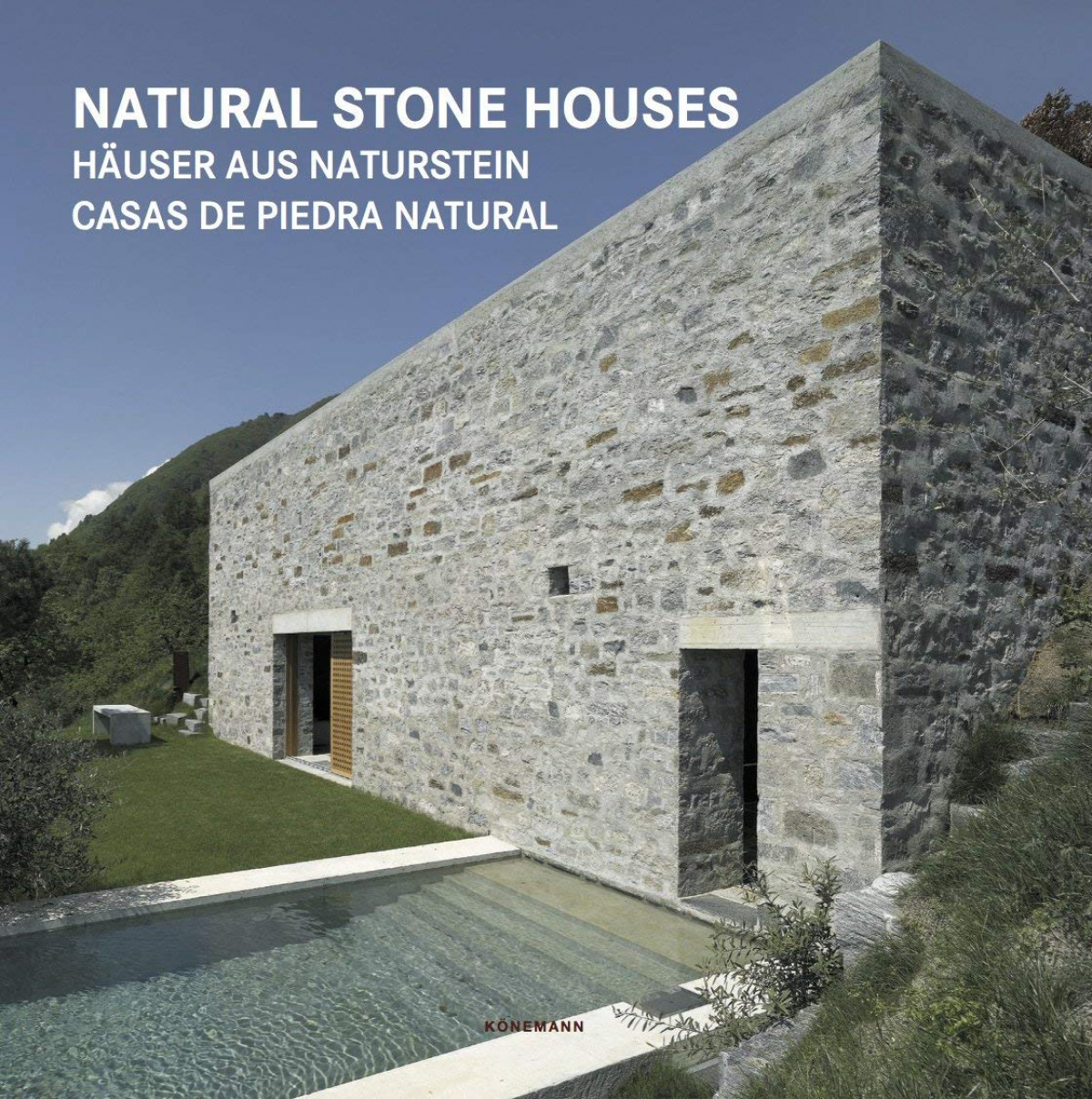 NATURAL STONE HOUSES 9783741920530